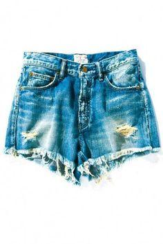 Ungrid ヴィンテージクラッシュショートデニム / Vintage Classic Shorts on ShopStyle