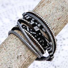 Bracelet Manchette Ethnic Chic noir et Strass 6,50€ sur notre E-Shop #ethnic #jewels