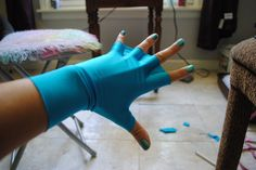 Webbed fingers DIY gloves! Where can I find these?!