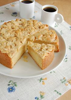 Swedish Almond Cake from @Patricia Scarpin