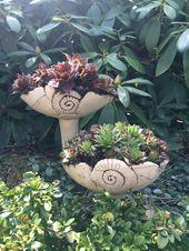 Garden plug by Margit Hohenberger Garden Totems, Garden Planters, Garden Sculpture, Succulents In Containers, Container Plants, Ceramic Planters, Ceramic Clay, Hand Built Pottery, Deco Floral