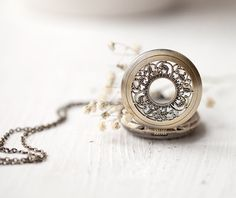Alice in Wonderland Style Pocket Watch/Necklace   Etsy: BeautySpot