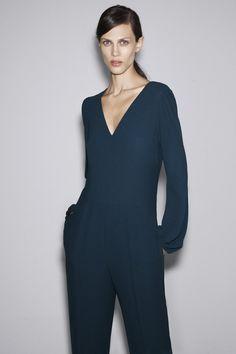 Love... ZARA october lookbook [fall/winter 2012-2013] #mujer #moda #tendencias #woman #fashiontrends #jumpsuit #bybmagazine