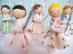 Lucia's pretty dolls.....