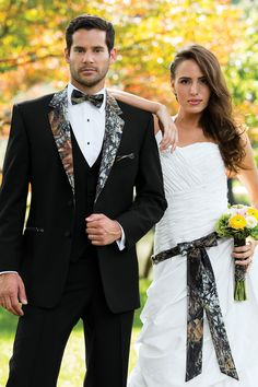 Camo isn& always meant to blend in. Be an individual in our Camouflage Tuxedo. Tailored in worsted wool with a camouflage notch lapel and top collar. Camo accessories also available. Camo Tuxedo, Camo Suit, Groom Tuxedo, Tuxedo For Men, Tuxedo Vest, Camo Men, Camo Wedding Dresses, Wedding Suits, Wedding Attire