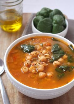 Moroccan Chickpea Soup--> perfect for warming up in cold weather. Filled with nutrient rich spinach and protein packed chickpeas!