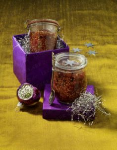 Das Rezept für Feigensenf und weitere kostenlose Rezepte auf LECKER.de Chutneys, Food Club, V60 Coffee, Dips, Easy Cooking, Superfoods, Pesto, Christmas Time, Spicy