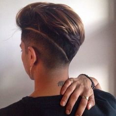 Best Haircut Short Rapado Men 64 Ideas mens style - Men's style, accessories, mens fashion trends 2020 Tomboy Hairstyles, Undercut Hairstyles, Pretty Hairstyles, Tomboy Haircut, Androgynous Hair, Shaved Hair Designs, Pinterest Hair, Cool Haircuts, Hair Looks