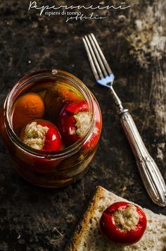 Fotogrammi di zucchero: Peperoncini ripieni di tonno sott'olio