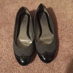 Gray and black flats Black and gray flats great looking Liz Claiborne Shoes Flats & Loafers