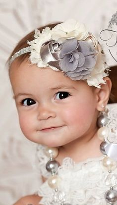 Bubblegum Necklace and Baby Headband SET,Baby Headbands, Little girls Chunky Necklace, Ivory and Grey Baby Headband and Chunky necklace set. Diy Headband, Baby Girl Headbands, Baby Bows, Crochet Headbands, Chunky Bead Necklaces, Paperclay, Baby Kind, Beautiful Babies, Baby Pictures