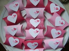 Valentine pillow boxes
