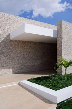 | EXTERIOR || #Rajuela House by #MunozArquitectos