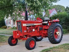 International Tractors, International Harvester, Vintage Tractors, Ih, Antique Tractors