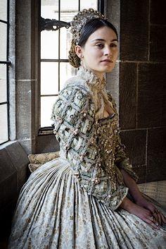 Elizabethan Set 2 | Richard Jenkins Photography