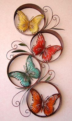 Let your home instantly enhance the style, a fun little decoration can get it – Page 19 of 40 – Love – Gute Nacht Sprüche Butterfly Wall Art, Butterfly Painting, Paper Butterflies, Butterfly Crafts, Paper Flowers, Plastic Bottle Flowers, Plastic Bottle Crafts, Borboleta Diy, Diy Butterfly Decorations