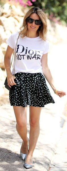 Black And White Everyday Easy Summer Outfit Idea by Mes Voyages à Paris