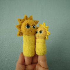 Kiss and shine! Puppet Show, Puppets, Kiss, Dolls, Animal, Handmade, Puppet, Felt, Hand Puppets