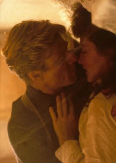 Meryl Streep and Robert Redford in Out of Africa. Could there be romance on Safari?