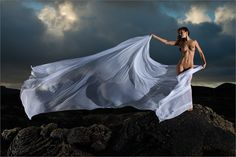 Bild aus den Lavafeldern von Lanzarote: Through the Fields of Lava by Martin Zurmuehle on Gia Model, Lava, Human Poses, Crazy Outfits, Nude Photography, Photography Ideas, Nice Body, Fields, Naked