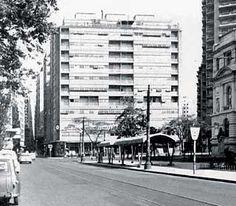 Álvaro Vital Brazil e Adhemar Marinho: Edifício Esther, São Paulo - ARCOWEB
