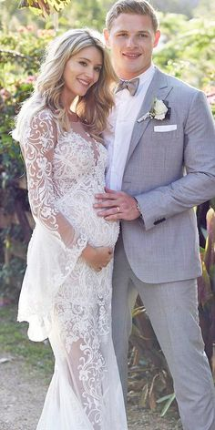 18 Maternity Wedding Dresses For Moms-To-Be ❤ See more: http://www.weddingforward.com/maternity-wedding-dresses/ #wedding #dresses #maternity