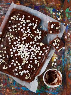 Mokkapalat – suosikkiohje, jolla onnistut aina! | Maku Finnish Recipes, Birthday Brunch, Sweet Pastries, Cake Bars, Something Sweet, Food Photo, Tiramisu, Deserts, Cupcakes