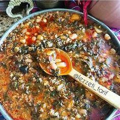 Görüntünün olası içeriği: yiyecek Paella, Chili, Curry, Soup, Ethnic Recipes, Instagram, Chile, Chilis, Soups