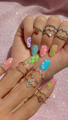 Neon Nails, Pink Nails, Harry Styles Songs, Ring Tutorial, Acrylic Nails, Acrylics, Summer Nails, Nail Colors, Jewelry Stores