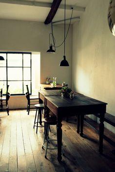 Interior Design For Living Room Cafe Interior, Interior Exterior, Interior Architecture, Cool Restaurant, Restaurant Design, Cafe Style, Dark Interiors, Interior Design Inspiration, Home Furniture
