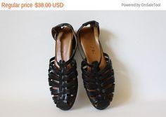 Sale Vintage Leather Flats / Black Leather by WindingRoadVintage