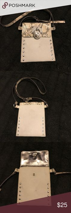 Mk small cross body bag! Mk small cross body bag! Michael Kors Bags Mini Bags