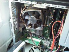 Verdreckte Rechner säubere ich. Denn dadurch überhitzt der Prozessor sehr schnell. Die ersten Folgen sind : Es kommt zur Notabschaltung. Weitere Folgen: Verkürzte Lebensdauer.