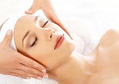 Limpieza Facial + Microdermoabrasión con punta de diamante + hidratación por Bs. 300 en Marlene Granados