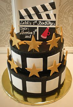 """""""Hollywood"""" It makes me want to have an Oscar party just to serve the cake!"""