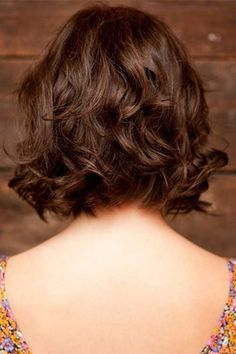 Best Thick Wavy Bob Back