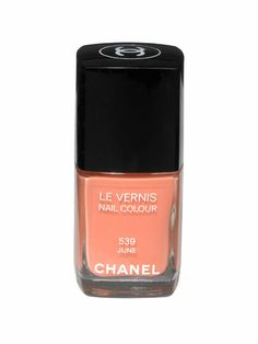 Chanel Le Vernis in June: Soft peach is the new pale pink!