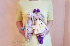 Muñecas divertidas hechas a mano.
