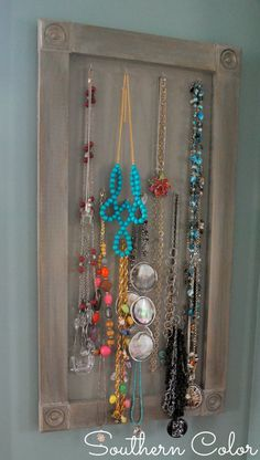 Build Your Own Jewelry Display Board #SouthernColor