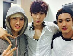 MBLAQ's Seungho and EXO's Suho Show Support to VIXX's Leo