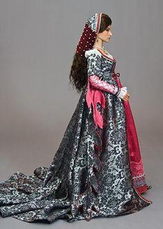 Isabella - Antique Lilac