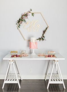 This lush tangerine & pink bohemian baby shower is filled with adorable party inspiration! Baby Shower Boho, Baby Shower Table, Floral Baby Shower, Shower Party, Baby Shower Games, Baby Shower Parties, Bridal Shower, Baby Showers, Bohemian Baby
