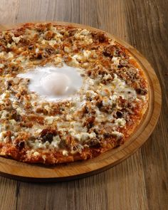 Now on #BookyPrime: Ombu Kusina - Quezon City Offers a fusion of Filipino and international cuisine with dishes like Sisig Pizza Salted Egg Tempura Sardine Penne and more  Book a table via Booky and get up to P500 off all day  FREE dessert!  Ombu Kusina # #bookymanila  View its exact location & full menu on our app!  Tag your friends who love food & discounts