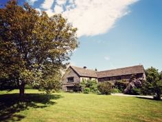 The Lake House, comes with...well a lake! Sleeps 10 +1 near Hay on Wye