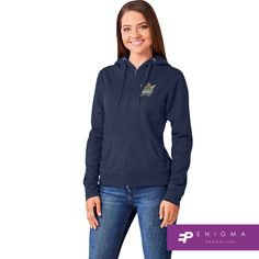 Cold Rain, Corporate Outfits, Winter Gear, Hooded Sweater, Keep Warm, Winter Outfits, Hoods, Colours, Lady