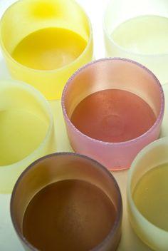 Vinaigrette and fruit juice jelly bowls