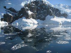 Niko Harbour Antarctic Peninsula