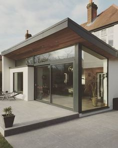 Stunning Bi-Fold Door Factory Ltd Installation in Chertsey, Staines #bifolddoorfactory #bifolds #bifolddoor #bifolddoors #homedecor #homeimprovement #propertyrenovation #doors