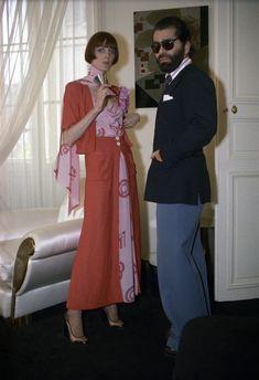 Karl Lagerfeld & model wearing Chloe Spring/Summer RTW 1974 via WWD archives