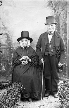 Dating old photographs clothing uk